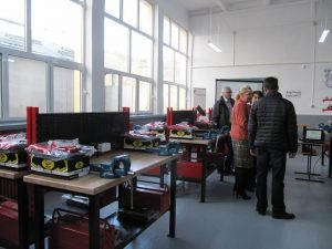 Holcim a modernizat un atelier la Colegiul Tehnic Campulung (2)