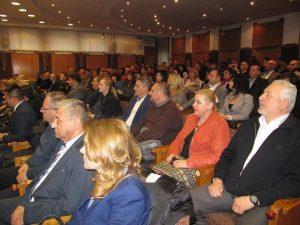 Premierul Dacian Ciolos in Arges (2)