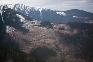 autostrazi in muntii romaniei foto alex gavan 2