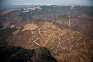 autostrazi in muntii romaniei foto alex gavan 4