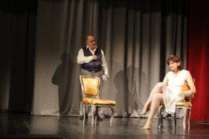 teatrul-davila-1