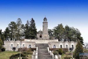 mausoleu-mateias-1